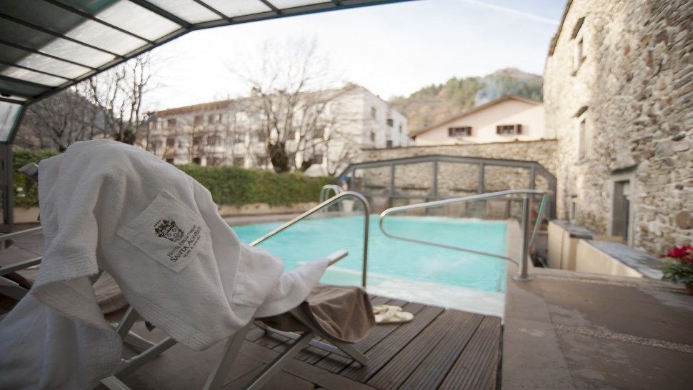 Indoor and outdoor thermal pools at Terme Sant\'Agnese - Swimming ...