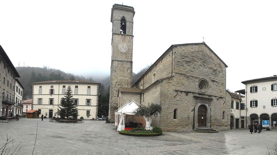 Bagno basilica di s maria assunta di bagno di romagna for Colonnine bagno