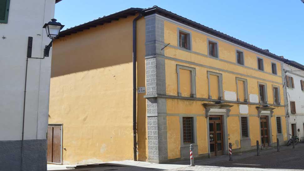 Teatro Garibaldi a San Piero in Bagno - Ville, dimore, teatri ...
