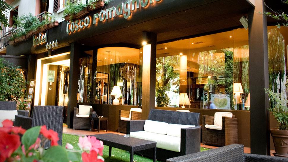 Bagno di romagna hotel tosco romagnolo alberghi for Quattro stelle arredamenti prezzi